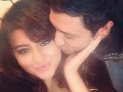 Aygün Kazımovanın qızını öpən oğlan kimdir? - FOTO
