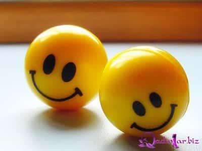 Gülümsəyin :)