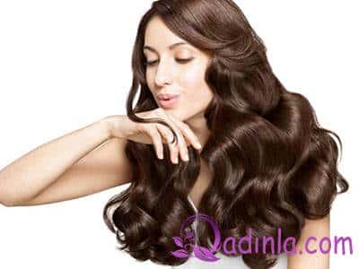 Qadınlarda saçın tökülməsi: səbəbləri və müalicə